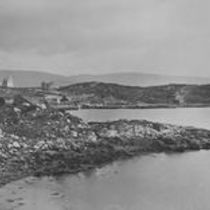 Cashel Bay, Hotel and School